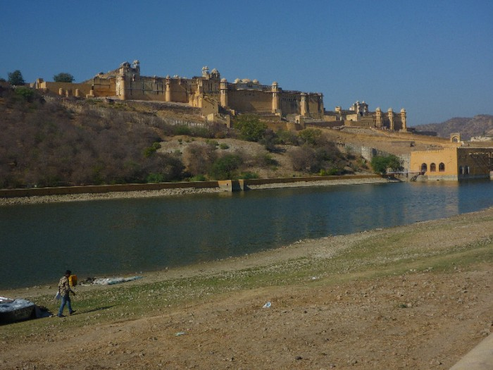 low water at the amber fort
