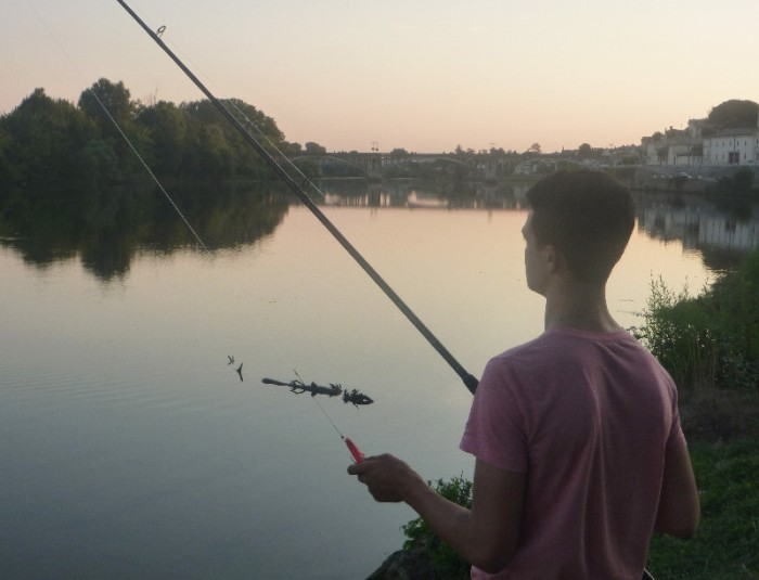lure fishing at dusk on the Dordoigne